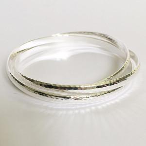 Bracelet 3 joncs entrelacés métal argenté martelé