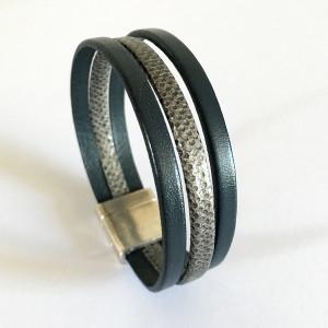 Bracelet cuir gris et imprimé serpent
