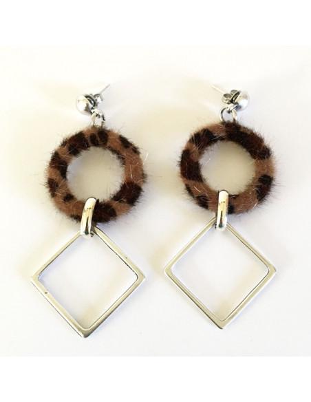Boucles d'oreilles fourrure fauve et pendant losange