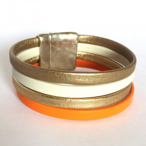Bracelet manchette cuir orange,ivoire et or sur fermoir plaqué argent