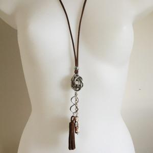 Collier sautoir,métal argenté,agate et cuir